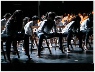 Coreografia INÉS BOZA– actuació Olot   (Foto: Sismògraf-Martí Albesa)