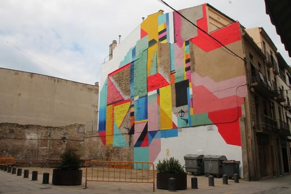 Mural d'OVNI a Manresa. Foto de Sergi Vazquez